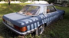 Mercedes SLC R107 (Monde-Auto Passion Photos) Tags: voiture vehicule auto automobile mercedes sl coupé bleu blue ancienne classique rare rareté pourri épave france souppessurloing