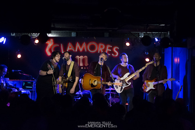 The Taxi Talk - Clamores