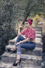 Un cigarrillo (Art.Mary) Tags: modelo model pinup granada dílar españa spain canon ríodílar andalucía mujer femme woman