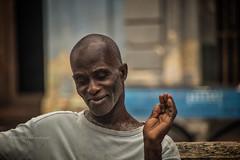 LA HAVANE: PASÉO MARTI (pierre.arnoldi) Tags: lahabana cuba pierrearnoldi artistequébécois portraitmasculin photographetumblr paséomarti photoderue portraitsderue photooriginale photocouleur photodevoyage photographequébécois on1photoraw2018 canon6d objectiftamron