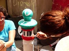 Pilon's Street 2018 (128) (calafellvalo) Tags: tarragonacomtepilonaspilonsstrretcalafellvalobollardsäulepilons tarragona tarragonés pilonsstreet pilons pilonas theinternationalpilonsparade carrerdecomte bollard säule pfeiler meilenstein pilier street road lane alley paints painting paintwork calafellvalo catalonia spain mediterranean