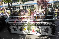 Festumzug zur Gösselkirmes 2018 (Süßwassermatrose) Tags: 2018 geseke festumzug gösselkirmes nrw deutschland germany kinder kindergartenkinder motivwagen hexenhaus hänselundgretel gebrüdergrimm märchen