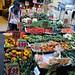 Chez le marchand de fruits et légumes, via Santa Teresa degli Scalsi, , Naples, Campanie, Italie.