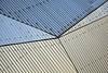 Réseau Nantes (Gerard Hermand) Tags: 1804203323 gerardhermand france nantes paysdelaloire canon eos5dmarkii stereolux lafabrique toit roof tôle ondulée corrugated sheet bleu blue jaune yellow abstrait abstract abstraction