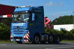 MB Actros Bigspace - Abele Transporte (T.I.R. - Spotting) Tags: merc mercedes benz actros solo 3 axles blue abele convoi exceptionnel schwerlast transport truck lkw lover spotting hobby trucking styling