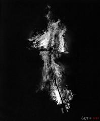 Dark Fire (fs999) Tags: fs999 fschneider aficionados zinzins plaubel makina 67 plaubelmakina67 6x7 film camera filmcamera 60x70 ashotadayorso topqualityimage topqualityimageonly artcafe pentaxart corel paintshoppro paintshoppro2018ultimate 2018ultimate nikkor12880mm nikon nikkor 128 80mm 8028 luxembourg luxemburg lëtzebuerg walferdange night nuit nacht spring fire feu brand fête brandons buergbrenen burgbrennen ilford xp2 ilfordxp2 400iso blackwhite blackandwhite bw noirblanc noiretblanc nb blackwhitephotos caffenol clcs cold start stand home development plustek opticfilm 120 scanner 2400dpi silverfast ai studio