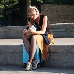 IMG_9198b (Luxifurus) Tags: hip hipshot fromthehip candid unposed covert unaware secret stolen gimp commute london street portrait urban woman girl female pretty beautiful hands faces