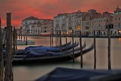Tramonto Veneziano / Venetian sunset (Venice, Veneto, Italy) (AndreaPucci) Tags: venice veneto italy gondola canal grande grand sunset longexposure andreapucci