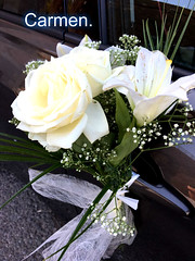 FELIZ JUEVES FLORIDO AMIG@S. (CarmenCordero1949) Tags: ramo flores carmen