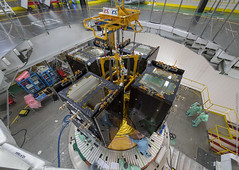 Galileo quartet placed atop Ariane 5 (europeanspaceagency) Tags: pose 2018 juillet ela3 csg guyane baf cu1 satellite va244 ariane5eca campagnelancement galileofocm8 lanceur kourou france esa europeanspaceagency space universe cosmos spacescience science spacetechnology tech technology galileo satellites inthecleanroom engineering engineer