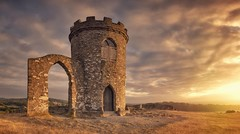 Tower of Light (Captain Nikon) Tags: bradgatepark bradgate leicestershire viewpoint stitched panoramic england sunrise beautifullight morninglight archway folly nikon sssi charnwoodforest landscapephotography