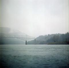 (katez0r) Tags: film mediumformat hasselblad500cm bridge bridgeofthegods columbiariver