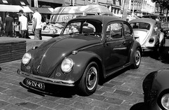 Zeeuwse keverdag Goes - 2018 (Ronald_H) Tags: zeeuwse keverdag goes vw volkswagen aircooled 2018 classic car oldtimer bw black white washi s washis nikon fm10 film 16zv43