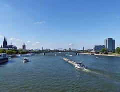 Cologne - Rhine (Martin M. Miles) Tags: köln cologne kölnerdom colognecathedral rhine rhein hohenzollernbrücke hohenzollernbridge grossanktmartin greatstmartin barge nordrheinwestfalen nrw northrhinewestphalia deutschland germany