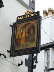 Pub Sign - Palace Vaults, Palace Street, Caernarfon 180427 (maljoe) Tags: pubsigns pubsign pub pubs inn inns taverns tavern
