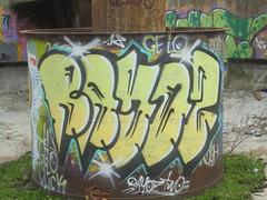 359 (en-ri) Tags: rayoz two gelo click crew giallo nero parco dora torino wall muro graffiti writing