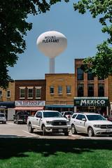 An ICE Raid Leaves an Iowa Town Divided Along Faith Lines (psbsve) Tags: noticias curioso movie interesante video news imágenes world mundo información política peliculas sucesos acontecimientos entertainment
