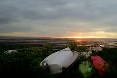 Sunset beyond the boats (kerryhilden) Tags: kent beaches sea seaside sunset whitstable boats beach