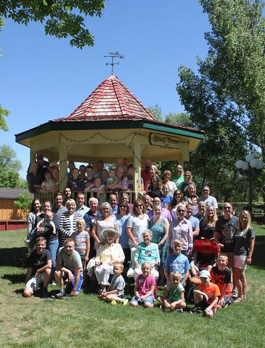 Whole family gazebo cropped 11x14