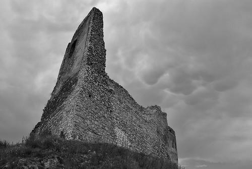 čachtický hrad4