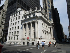 Courthouse Statues Next to Madison Square Park 5404 (Brechtbug) Tags: courthouse roof statues across from madison square park new york city caryatid atlantid 2018 nyc 07152018 art architecture gargoyle gargoyles statue sculpture sculptures facade figures column columns court house law government building buildings
