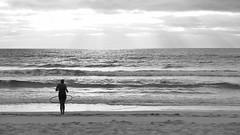 Mit dem Ring tanzen (flori schilcher) Tags: schilcher fuerteventura tanzen strand meer atlantik frau kanaren