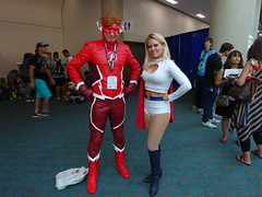 The Flash and Power Girl strike a heroic pose (Sconderson Cosplay) Tags: comiccon 2018 san diego sdcc cosplay flash wally west rebirth dc comics power girl karen starr kara zorl thursday day 1
