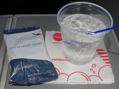 201804015 AA4651 LGA-PIT refreshment (taigatrommelchen) Tags: 20180415 flyingmeals airplane inflight meal food drink refreshment economy aal rpa americanairlines republicairways aa4665 e175 n401xy lgapit