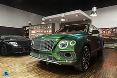 Bentley Bentayga Apple Green (GiiFoto) Tags: bentley bentayga apple green