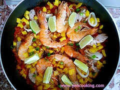 Homestyle Spanish Seafood Paella (西班牙番茄海鲜泡饭) (yencooking) Tags: spanish homestyle fusion seafood shrimp fish squid octopuc yellowrice paella lime zest cooking recipe tasty yummy saffron rice fancy