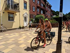 IMG_20180707_131425_1w (Kernow_88) Tags: exeter world worldnakedbikeride wnbr naked nature nude nudity bike biking bikes ride exeternakedbikeride exeternakedcycleride earth enviroment protest nakedprotest safety cycling cyclist cyclists cycle july 2018 devon uk britain bluesky crowd crowds city centre center central clearsky day dayout england fun greatbritain group outdoor out outside outdoors people public quay river sunny sunnyday summer sky view weather great water waterfront canal swim swimming skinny dip dipping skinnydip skinnydipping enjoy enjoyable