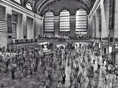 5:28...5:29...5:30... (JamesAnok || ThetaState) Tags: architecture layers compilation timelapse blackandwhite monochrome commuters rushhour grandcentralstation manhattan newyork july 2018