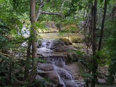 IMGP1992 (陳竹 / bamboo / Baipaii) Tags: thailand kanchanaburi waterfall erawanwaterfall onedaytrip pentaxq7 thammasat exchangestudent