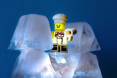 Macro Monday - Refreshments (Victor Burclaff) Tags: macro monday refreshments macromondays leggo ice heat macromonday cubes