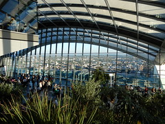 The Sky Garden (John Steedman) Tags: walkietalkie skygarden london uk unitedkingdom england イングランド 英格兰 greatbritain grandebretagne grossbritannien 大不列顛島 グレートブリテン島 英國 イギリス ロンドン 伦敦 towerbridge toweroflondon