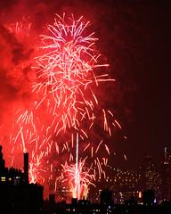 Macys Fireworks NYC 2018-55 (Diacritical) Tags: nikond850 pattern 70200mmf28 16secatf80 july42018 84331pm f80 210mm brooklyn macys4thofjuly fireworks