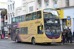 Brighton & Hove 425 BF12KWZ (Will Swain) Tags: brighton 31st january 2018 west sussex south coast city centre bus buses transport travel uk britain vehicle vehicles county country england english hove 425 bf12kwz