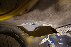 ZF2Y7307.jpg (Adam the ribless) Tags: diy paint clam fiberglass resin vx220 vauxhall sportscar cracks lotus ly36 repair