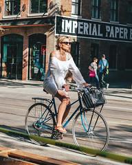 BikeTO King West (Rolling Spoke) Tags: bike bicycle bici bicicleta bicicletta bisiklet fiets fahrrad velo women lady style dress chic road street ride riding bicyclist king toronto