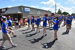 139th Annual 4th of July Parade (Adventurer Dustin Holmes) Tags: 2018 marshfieldmo marshfieldmissouri marshfield missouri event events parade parades outdoor outdoors ozarks july4th 4thofjuly independenceday 139th annual celebration webstercounty midwest davisonspriggsinsurance business businesses sign signs blue teens teenagers highschool marchingband band music playing instruments musicalinstruments walking marching bluetshirts blueshirts people highschoolers flutes windinstruments walkingbackwards directing