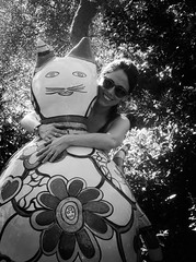 4351 - Cats (Diego Rosato) Tags: cat gatto manu emanuela ritratto portrait fuji x30 rawtherapee bianconero blackwhite parco park giardino garden tarocchi tarots green verde natura nature