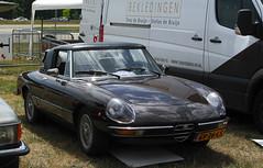 1981 Alfa Romeo 2000 Spider Veloce (rvandermaar) Tags: 1981 alfa romeo 2000 spider veloce alfaromeo alfaromeospider alfaspider sidecode4 gv26ls
