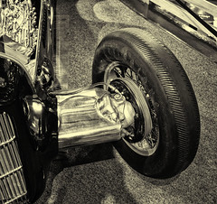 Firestone (PAJ880) Tags: detail indy racer front end firestone tire drum brakes streamlined heritage gardens museums sandwich ma bw mono