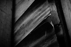 The Peeling Panels (stujfoster) Tags: farm shed urbex gritty urban uk england