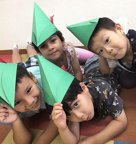 You'll never catch me! I'm Robin Hood. 👑 #preschool #kindergarten #daycare #robinhood #england #tokyo #japan #幼稚園 #保育園 #東京 #港区 #芝公園 #昔話