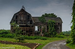 Dilapidated Barn (Al Fontaine) Tags: