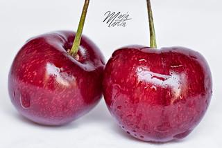 Cherries - Cerezas. Macro Mondays