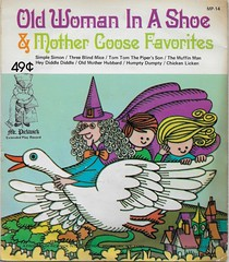 Old Woman In A Shoe ( Pickwick) (Donald Deveau) Tags: mothergoose record 45rpm vinyl pickwickrecords