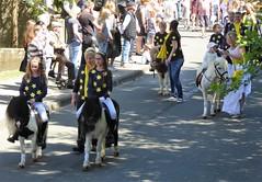 Sternenritt mit Pony (Süßwassermatrose) Tags: 2018 geseke festumzug gösselkirmes nrw deutschland germany pferd pony stern sternenritt märchen
