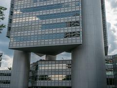 HypoVereinsbank (martin.gaus) Tags: martin gaus hypovereinsbank architektur modernearchitektur hochhaus turm tower deutschland münchen bank